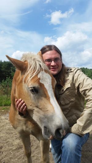 Mann mit pferd sucht frau